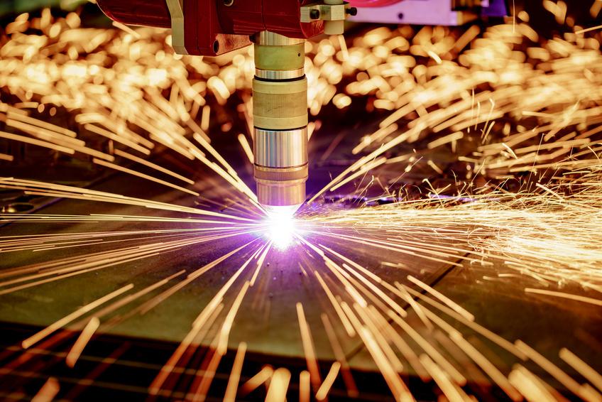 Laserschneider im Einsatz